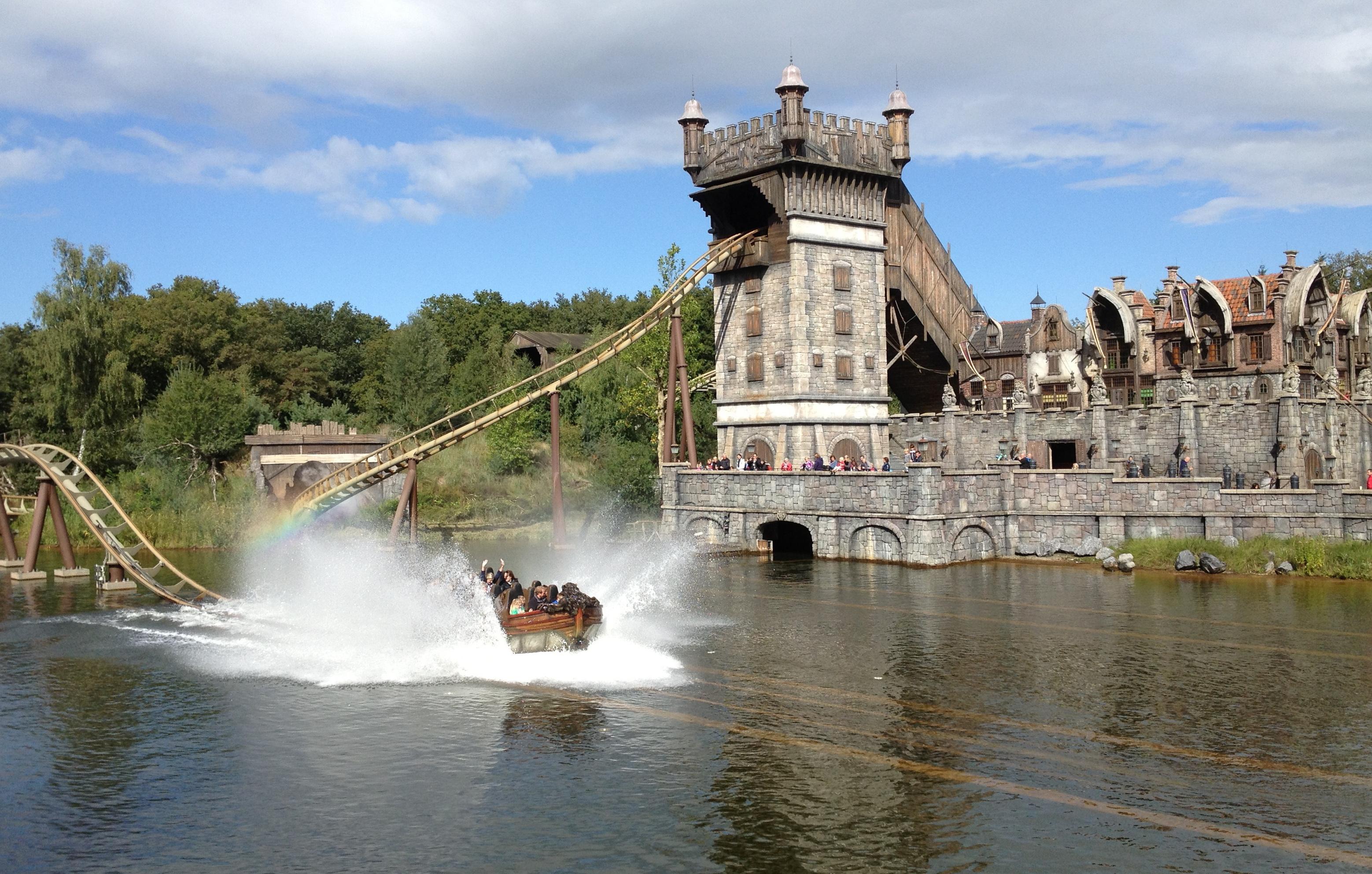 (Efteling) theme park  ride themego