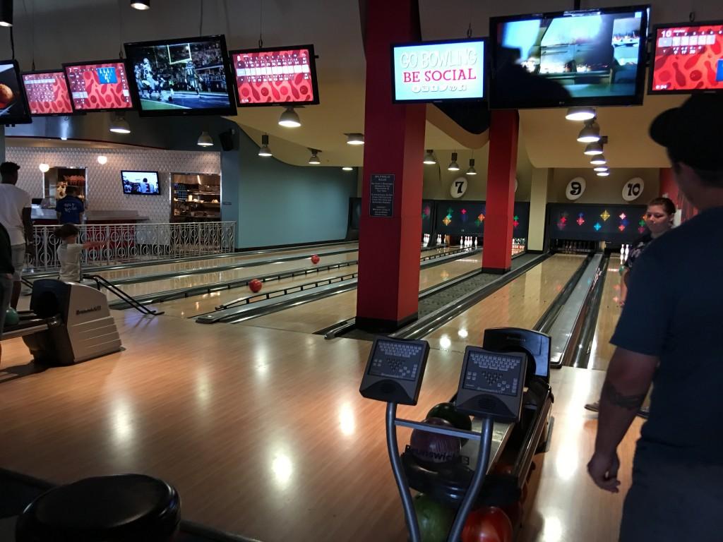 Splitsville, Disney Spring's 30 lane bowling Alley
