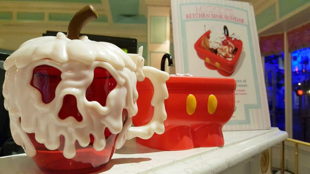 Poison Apple Mug - Silvia Cervi